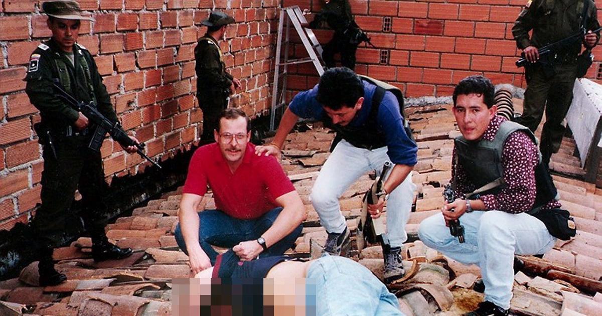 united-states-dea-pose-body-pablo-escobar-1993