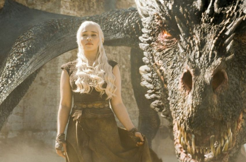 dany-targaryen-and-drogon-game-of-thrones-850x560