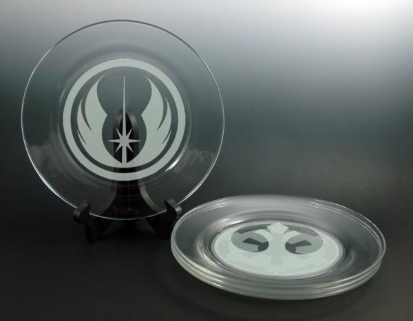 star-wars-plates-600x467