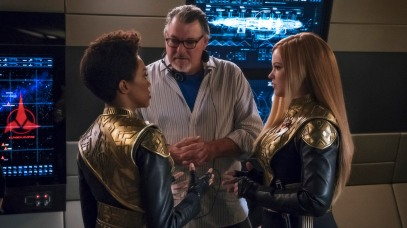 """Despite Yourself"" -- Episode 110 -- Pictured (l-r): Sonequa Martin-Green as First Officer Michael Burnham; Director, Jonathan Frakes; Mary Wiseman as Cadet Sylvia Tilly of the CBS All Access series STAR TREK: DISCOVERY. Photo Cr: Jan Thijs/CBS © 2017 CBS Interactive. All Rights Reserved."